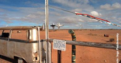 Das Outback mit bizarrer Landschaft und grenzenloser Weite – Kalender Outback 2017
