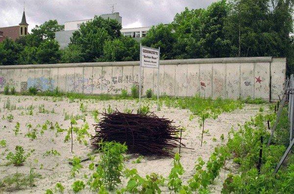 Die Gedenkstätte in der Bernauer Straße vor einigen Jahren. / Foto: Ingo Paszkowsky