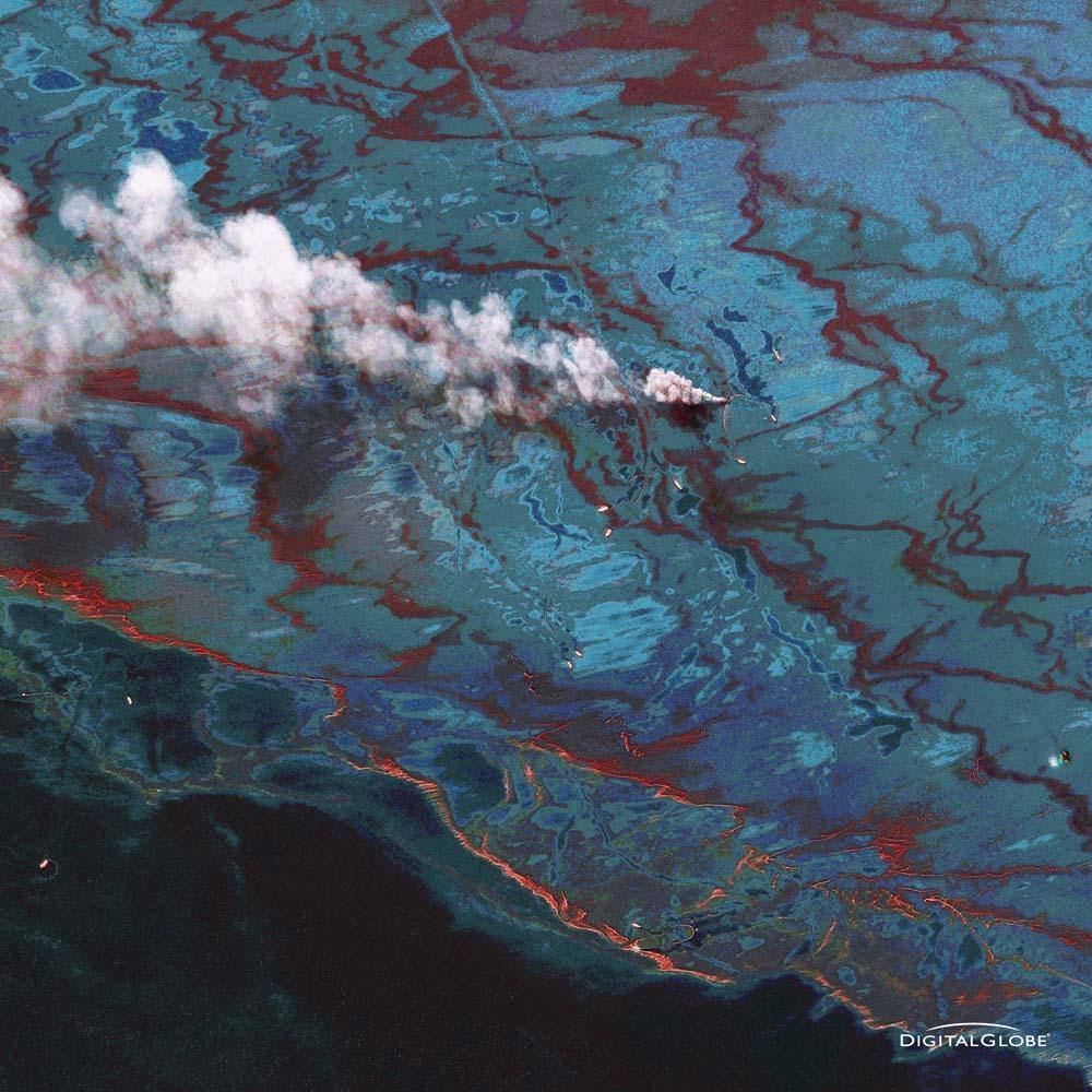 Auswirkungen der Ölpest im Golf von Mexiko. Am 20. April 2010 explodierte vor der Küste des US-Bundesstaates Louisiana die Ölplattform Deepwater Horizon, wodurch die Ölpest im Golf von Mexiko 2010 ausgelöst wurde. Die Aufnahme ist vom 15. Juni 2010. Foto: DigitalGlobe