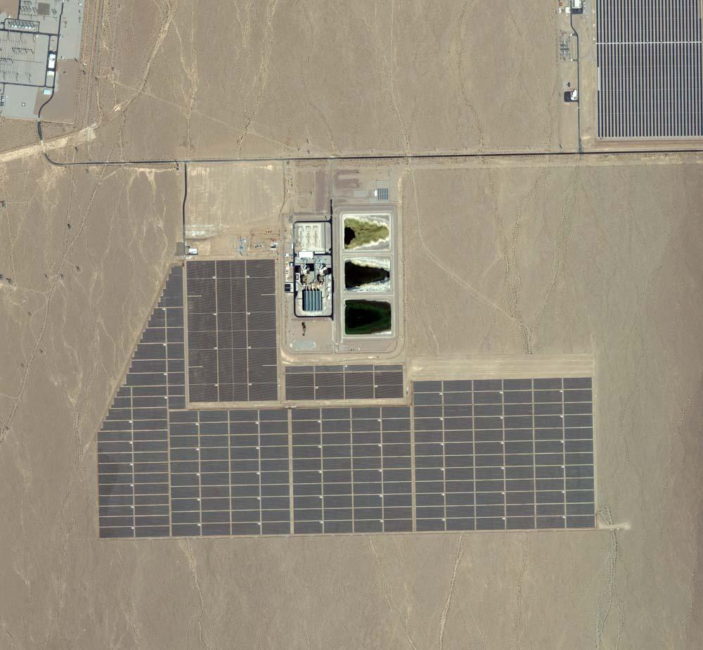 Boulder City, Nevada, USA, 2. September 2011. Das Nevada Solar One soll das drittgrößte Solarwärmekraftwerk der Welt sein. Es gehört zum überwiegenden Teil der spanischen Acciona-Gruppe. Foto: DigitalGlobe