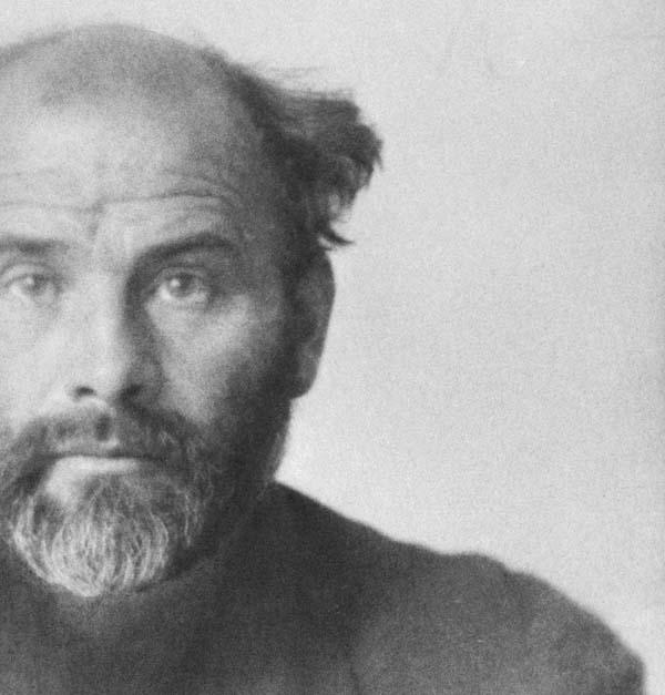 Dem österrereichischen Maler Gustav Klimt - hier eine Photographie aus dem Jahre 1914 - ist in diesem Jahr eine Jubiläumsausstellung im Leopold-Museum in Wien gewidmet. Foto: IMAGNO/Austrain Archives