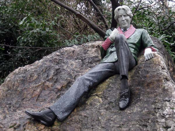 Oscar Wilde am Merrion Square. Foto: Beate Lemcke