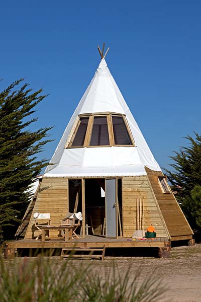 Original camping in frankreich tipi in luxus ausf hrung weltreisender net - Camping noirmoutier tipi ...