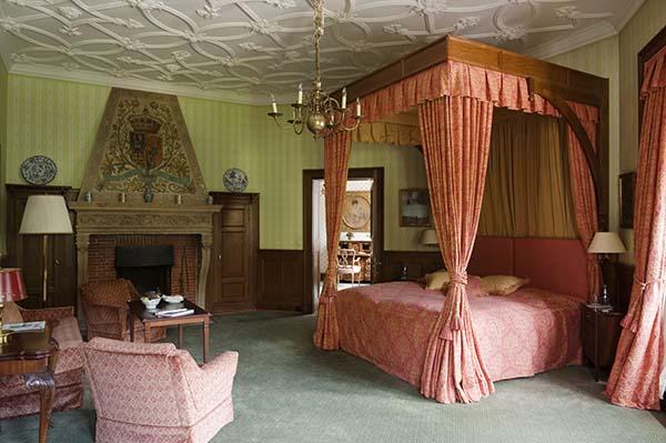 Königlich schlafen und träumen. Foto: Schlosshotel Kronberg