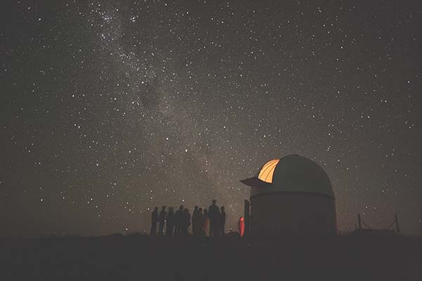 Das Mt. John Observatorium bei Nacht... Foto: Tourism New Zealand