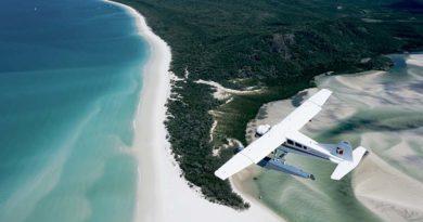 seaplane_over_whitehaven_beach1_800