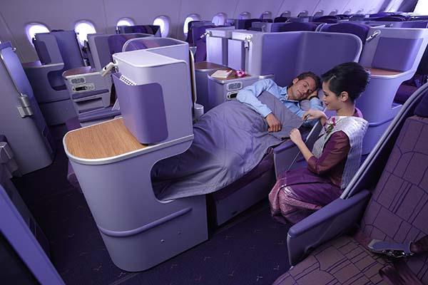 Aber auch in der Business Klasse der Thai Airways A380 kann man ein gemütliches Nickerchen abhalten. Foto: Thai Airways