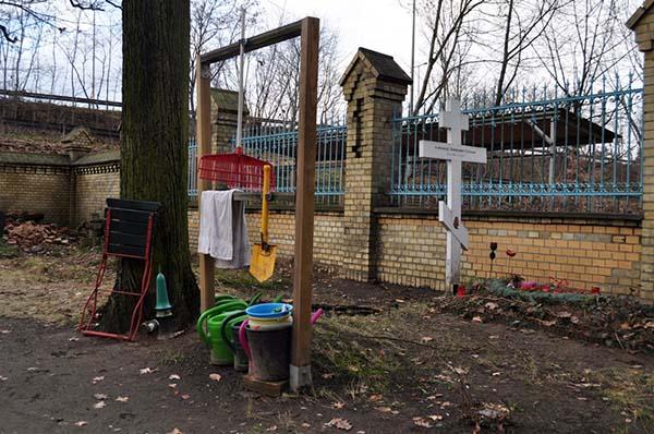 Friedhofswerkzeug. Foto: Beate Lemcke