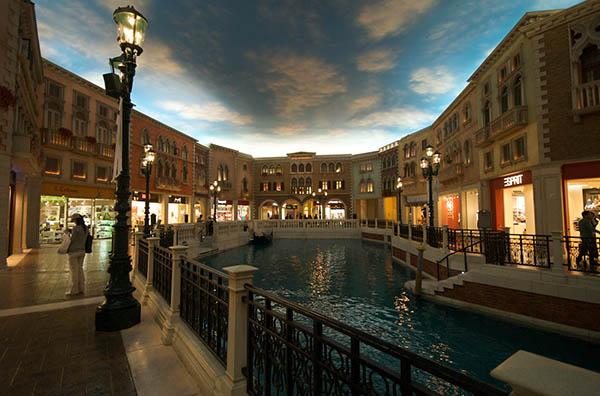 The Venetien Macau. Den Himmel hat der Fotograf hinzugefügt. Zu schön, um wahr zu sein. Foto: jgmarcelino/flickr.com