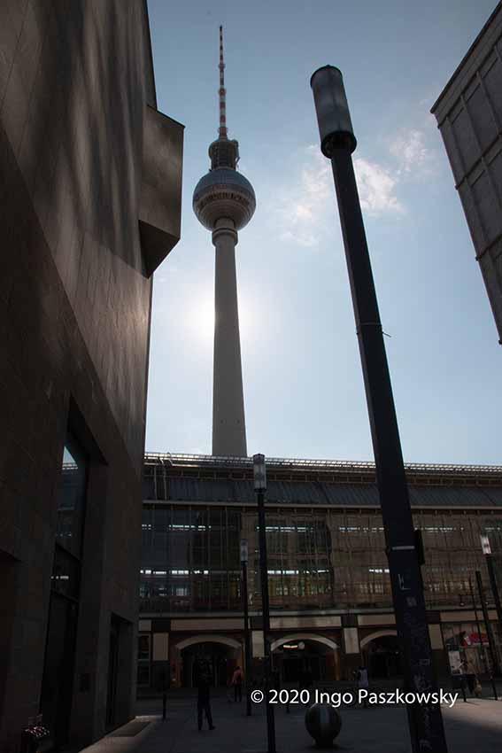 Der Berliner Fernsehturm am Alexanderplatz / Foto: Ingo Paszkowsky