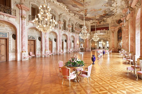 Festsaal im Schloss Bückeburg. Foto: Jan Brandes / Weserbergland Tourismus