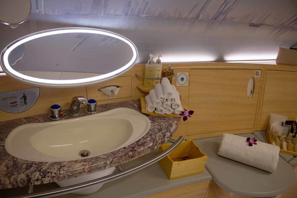 Dusche in der Emirates A380 First Class