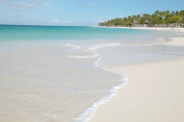 Elf Kilometer reiner weißer Sandstrand. Foto: Aruba Tourism Authority