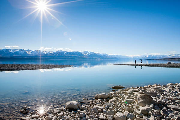 Der Pukaki-See – Im Film der Schauplatz von Seestadt. Foto: Tourism New Zealand / Miles Holden