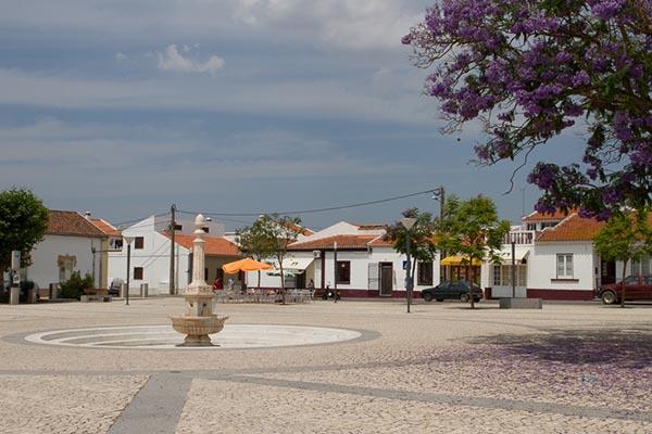 Eine Kleinstadt wei jede andere im Alentejo? Nein, dies ist Cuba. Foto: Ingo Paszkowsky