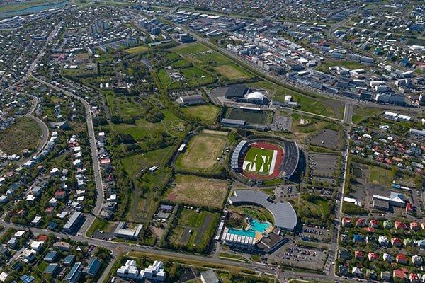 """Dort, im Zentrum von Reykjavik, findet das """"Secret Solice Festival"""" statt. Foto: www.secretsolstice.is"""