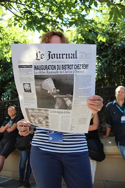 Das Extrablatt zur Eröffnung. Foto: Sonja Thelen