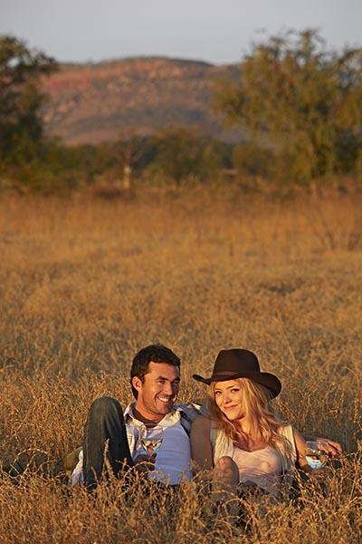 Sieht sehr romantisch aus, aber ich würde mich nicht auf dem Boden legen, bei dem Getier, das da herumkreucht - ich erinnere nur an die vielen giftigen Schlangen, die es dort gibt. Foto: Tourism Western Australia