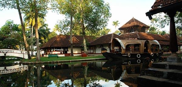 Am südlichen Ende des Vembanadu Sees nahe der Küste Keralas liegt das Coconut Lagoon. Foto: Gerren Pearls