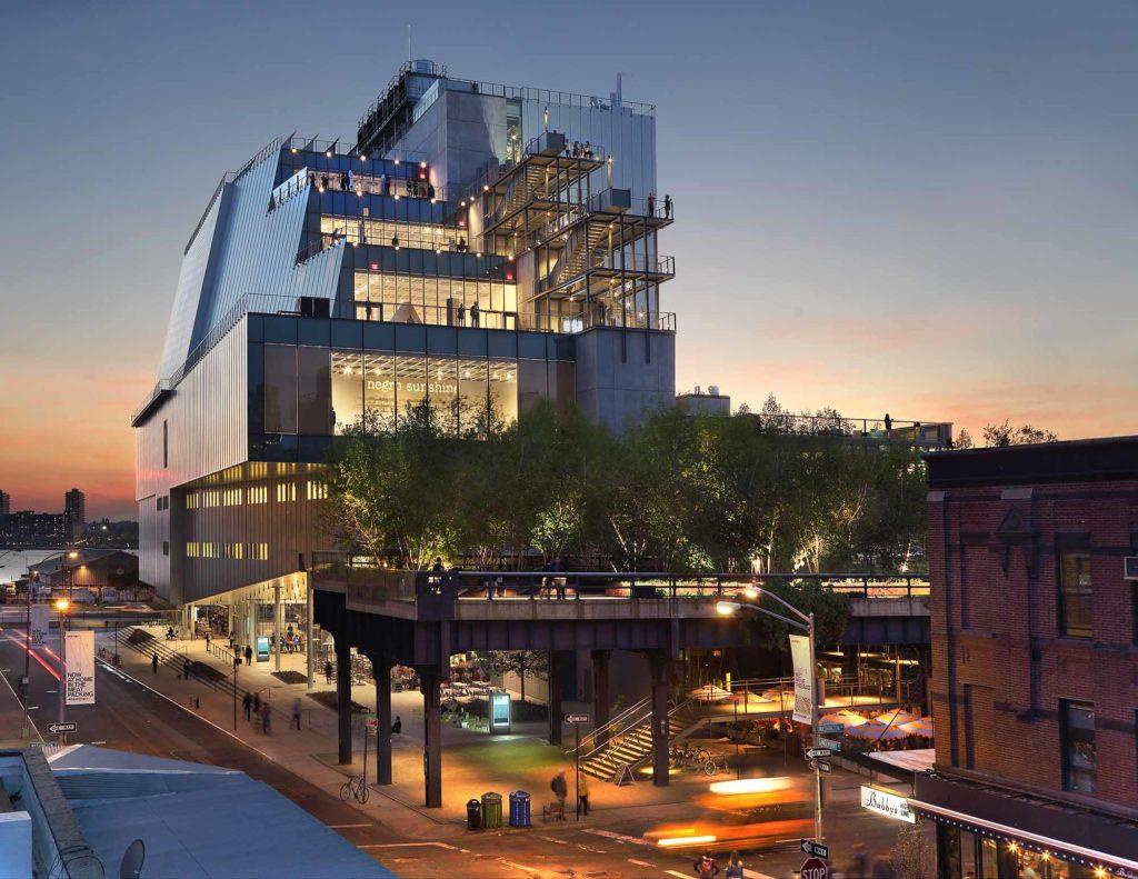 Das Whitney Museum of American Art bietet Ausblicke von zahlreichen Außenflächen / Photographed by Ed Lederman