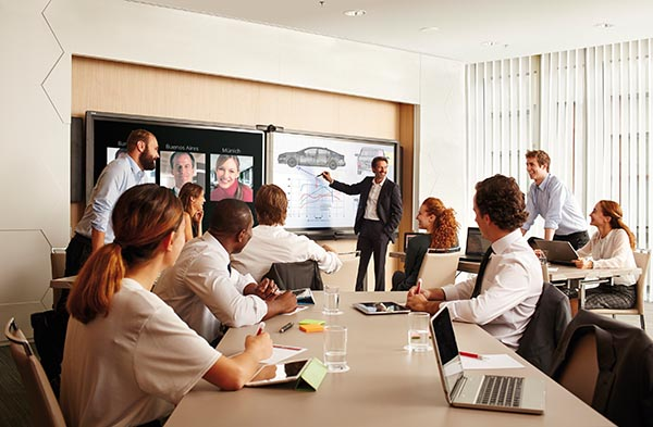 NH High Performance Meetings mit SMART Room System. Foto: NH-Hotels