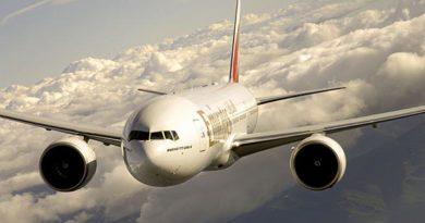 Emirates Boeing 777-200LR. Foto: Emirates / Erik Hildebrandt