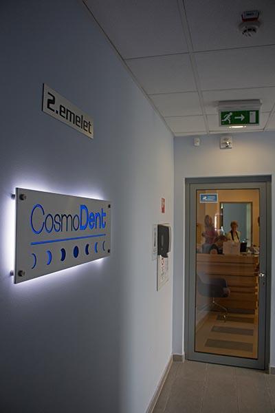 CosmoDent-Zahnklinik: erhebliche Kosteneinsparungen. Foto: Ingo Paszkowsky