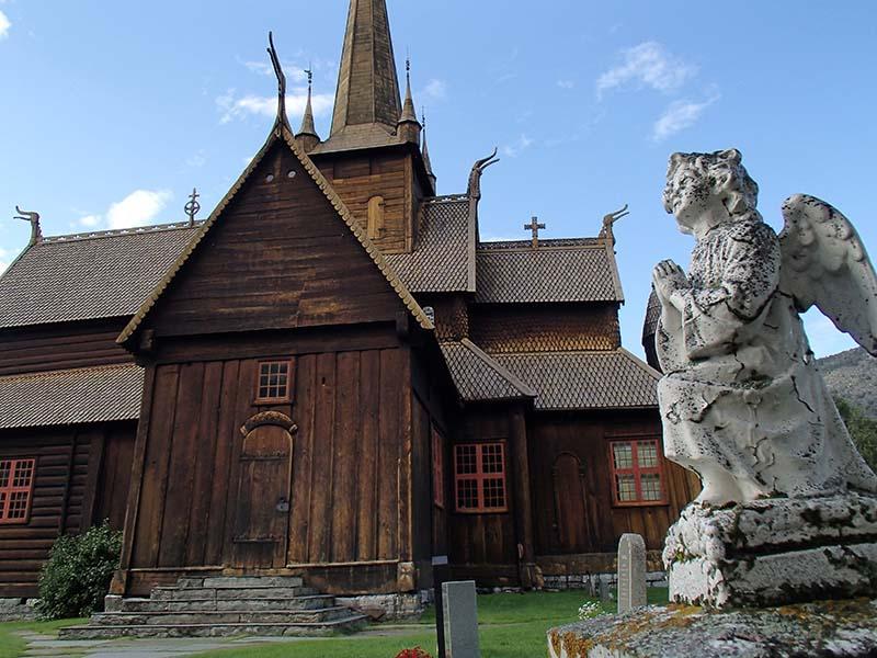 Stabkirche Lom. Foto: Lutz Müller