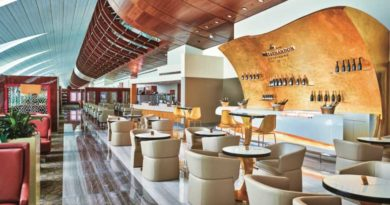 Emirates mit neuer Business Class-Lounge im Dubai International Airport