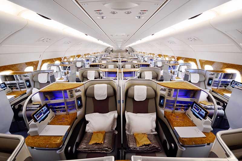 Airbus A380 Business. Die Fluggesellschaft Emirates erhält im Zuge ihrer Flottenstrategie die ersten Auslieferungen der neuen Airbus A380- und Boeing 777-300ER-Flugzeuge. Foto: Emirates