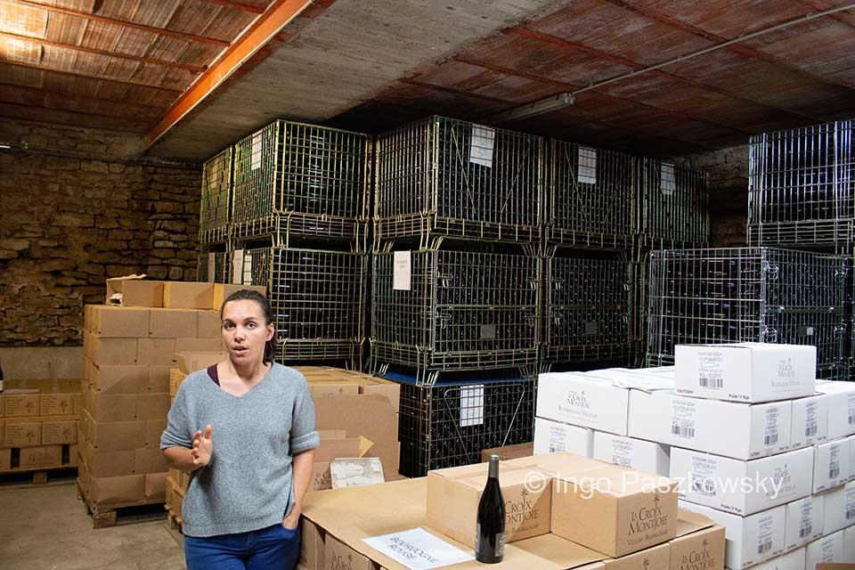 Nach der Wanderstrecke an diesem Tag bleibt noch Zeit für eine Weinprobe in der Domaine La Croix Montjoie (https://www.lacroixmontjoie.com/). Das Winzer-Paar Sophie und Matthieu setzt auf eine nachhaltige Erzeugung.