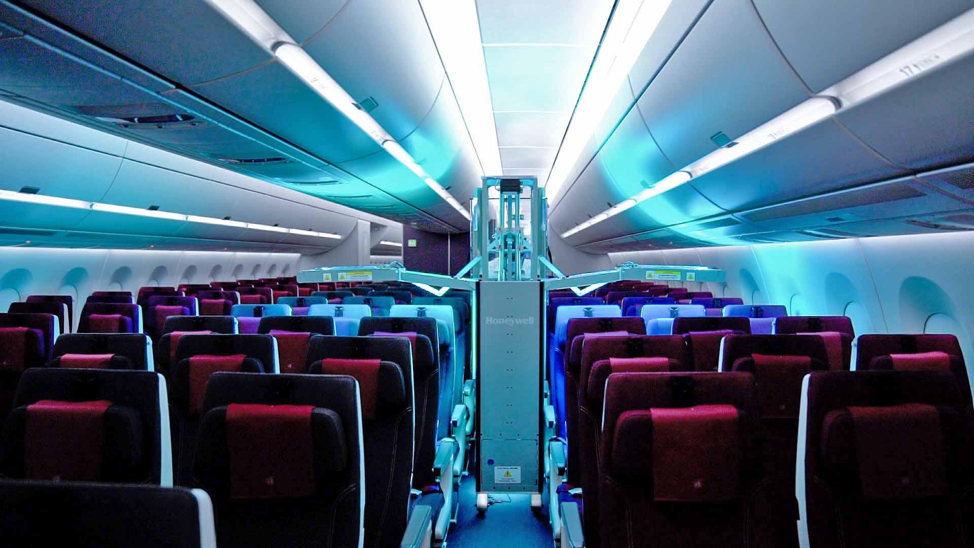 Qatar Airways ist die erste globale Fluggesellschaft, die Honeywells Ultraviolett (UV)-Kabinensystem einsetzt und damit ihre Hygienemaßnahmen an Bord weiter verbessert. / Foto: Qatar Airways
