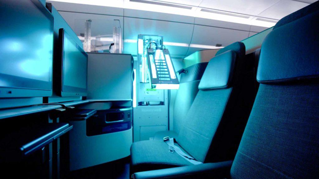 Das UV-Kabinensystem von Honeywell, das von Qatar Aviation Services (QAS) betrieben wird, hat ungefähr die Größe eines Getränkewagens / Foto: Qatar Airways