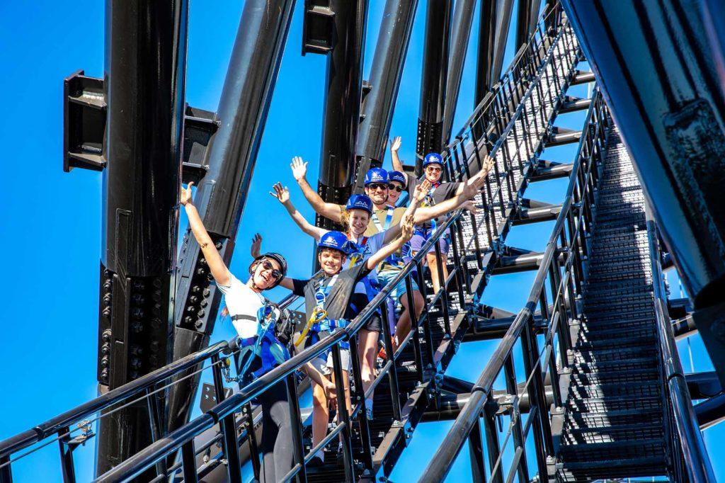 314 Stufen im 45 Grad-Winkel müssen Teilnehmer auf ihrem Weg nach oben zurücklegen / Foto: Matagarup Zip + Climb / MICHAEL HALUWANA- AEROTURE.COM.AU