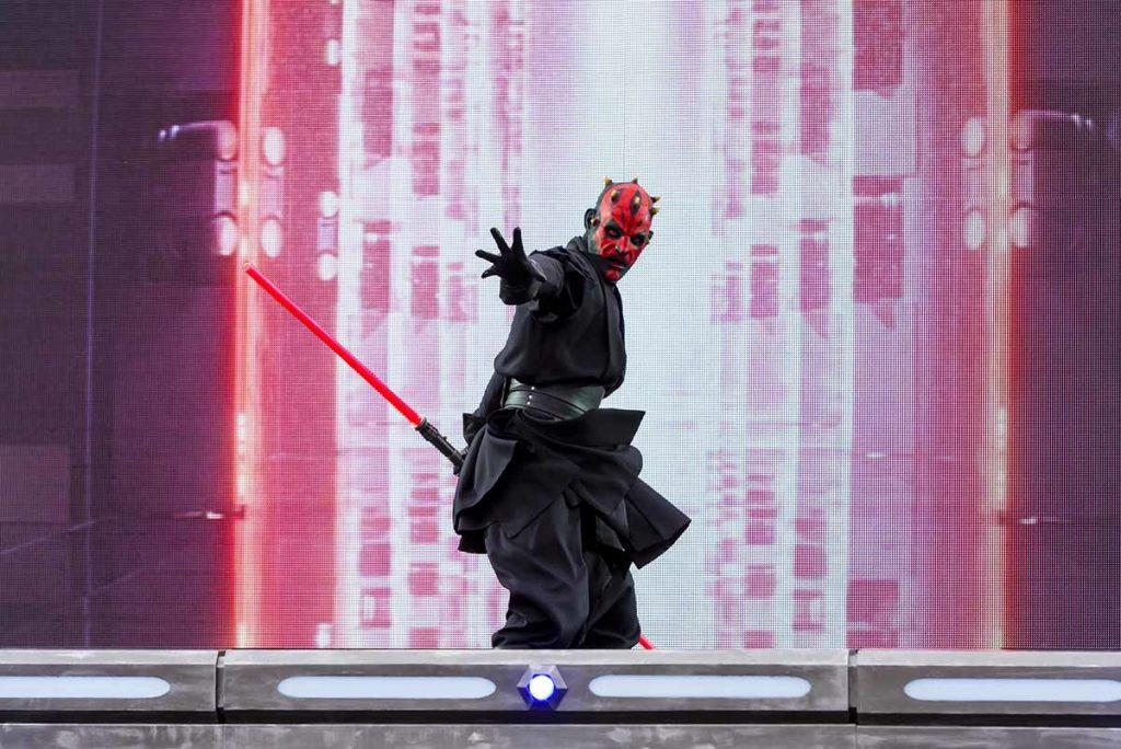 Disneyland Paris. Han Solo, Luke Skywalker, Prinzessin Leia, R2D2, Chewbacca, Anakin Skywalker, Darth Maul oder Obi Wan Kenobi erwachen auf der 2500 Quadratmeter großen Leinwand zum Leben. ©Disney/Pixar & © TM Lucasfilm Ltd.