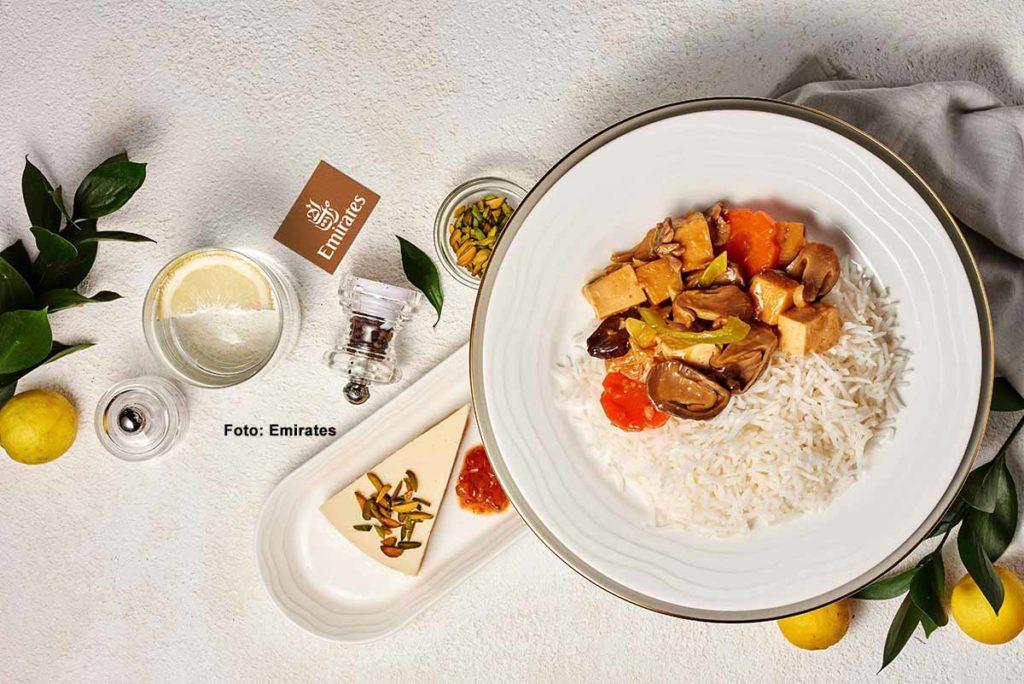 Veganes Menü in der First Class bei Emirates. Foto: Emirates / Drina Cabral
