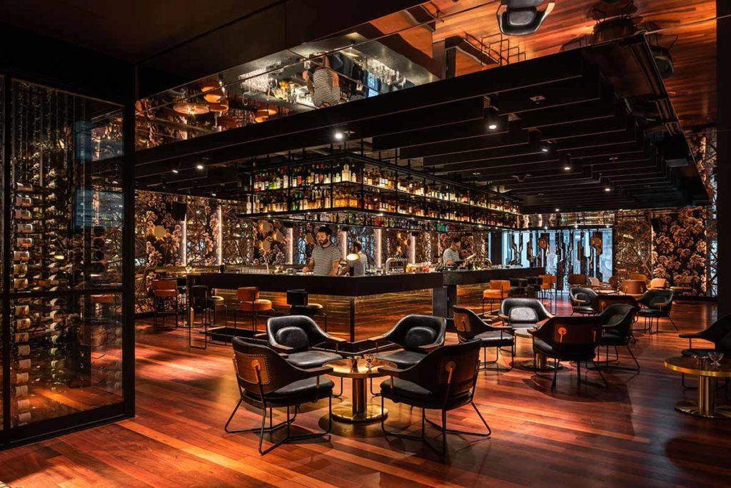 QT Perth – Prunkvoll szenig: Industrial Stil mit prunkvoll-extravaganten Akzenten im Herzen von Perth zeichnet das in diesem Jahr neu eröffnete QT Perth aus. Foto: Tourism Western Australia