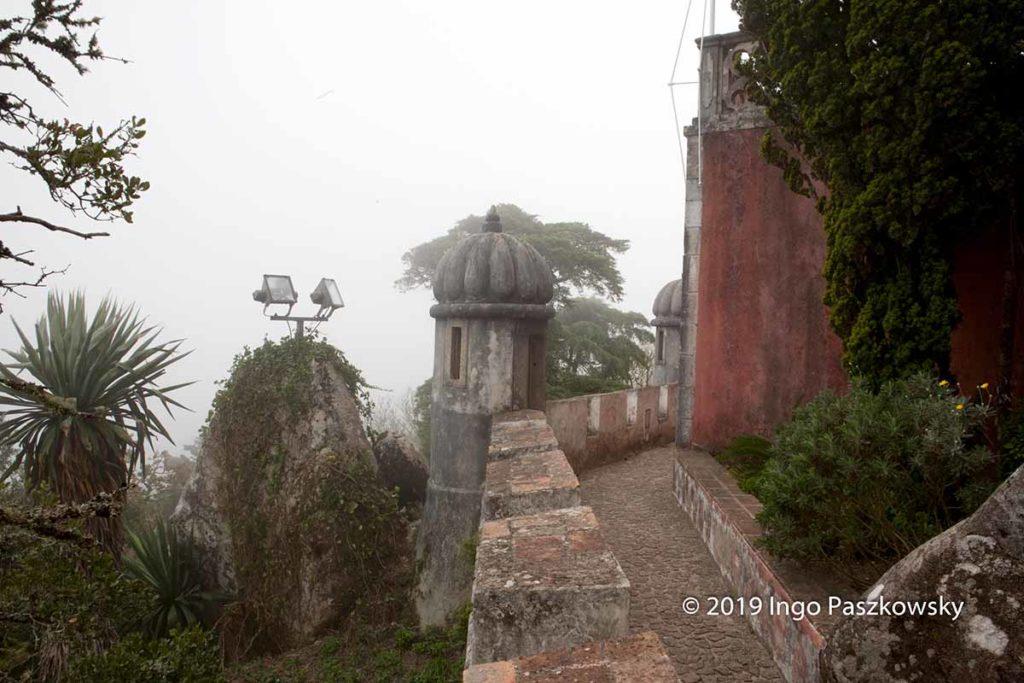 Der Palácio Nacional da Pena ist ein Schloss in der portugiesis