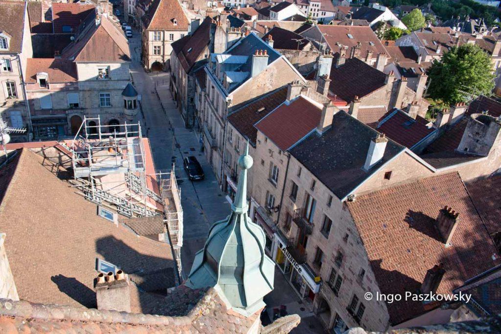 Sicht auf Luxeuil-les-Bains vom Schöffenturm