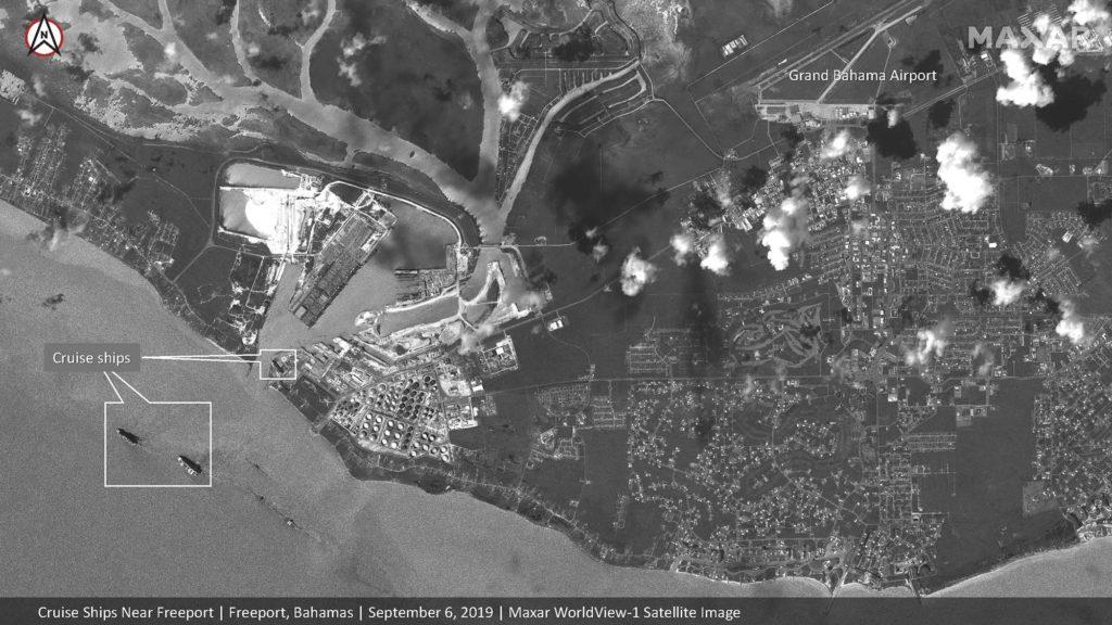 Die Bahamas ohne Kreuzfahrtschiffe - undenkbar. Hier leisten sie Hilfe nach dem Hurrikan Dorian / Satellite image ©2019 Maxar Technologies