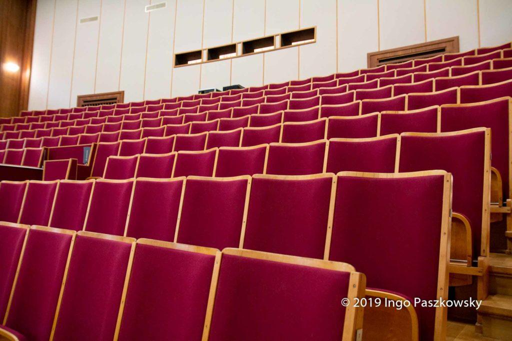 Der Hörsaal im Rathaus Bitterfeld-Wolfen / Foto: Ingo Paszkowsky