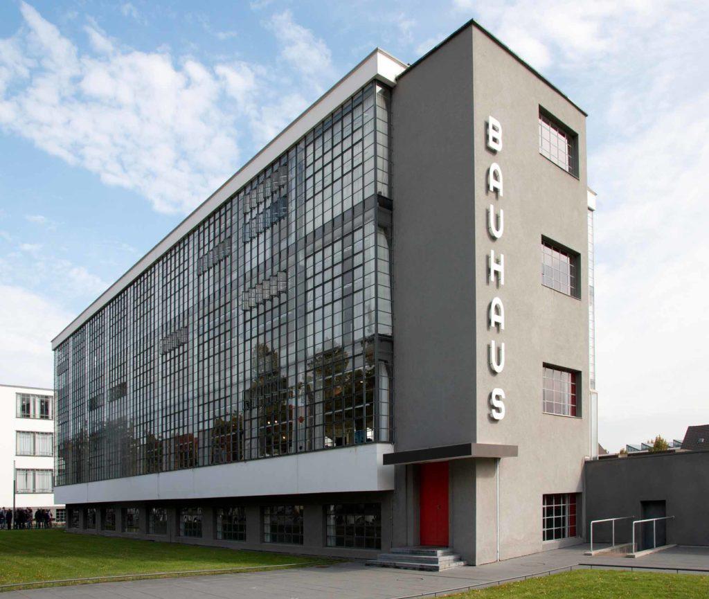 Vielfach fotografiert und in aller Welt bekannt - das Bauhaus Dessau / Foto: Ingo Paszkowsky