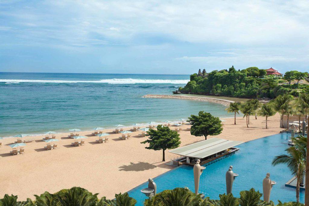 Das Resort liegt direkt am Ozean / Copyright: The Mulia, Mulia Resort & Villas – Nusa Dua, Bali