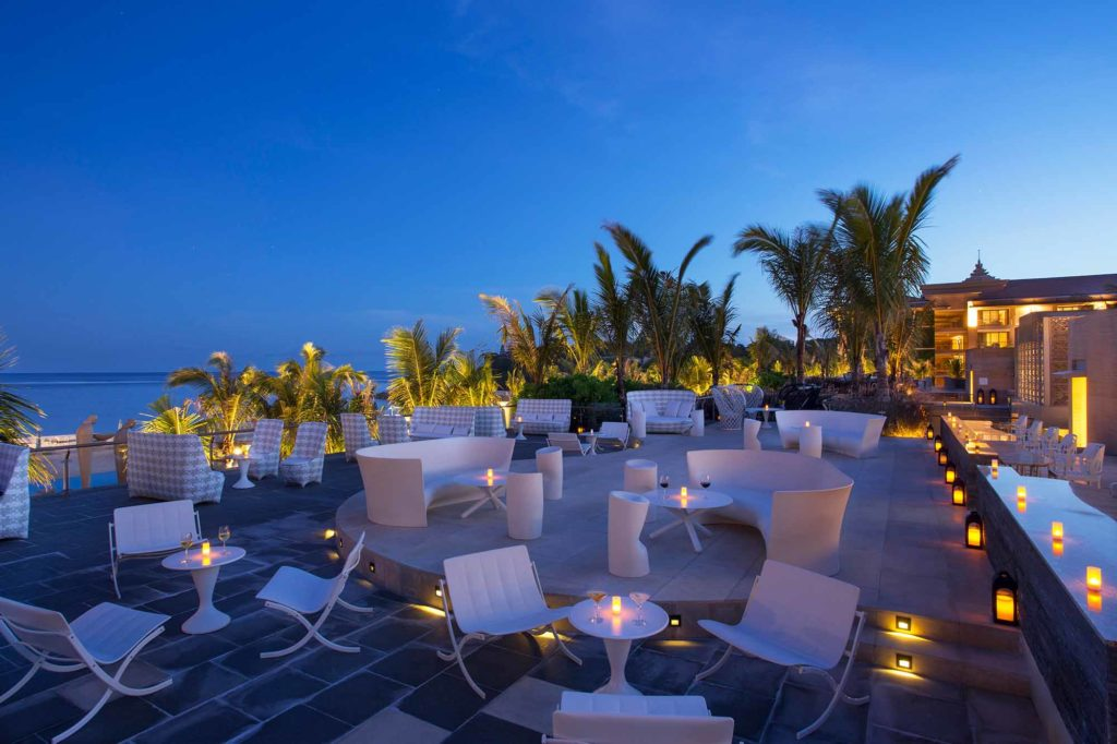 Sky Bar / Copyright: The Mulia, Mulia Resort & Villas – Nusa Dua, Bali