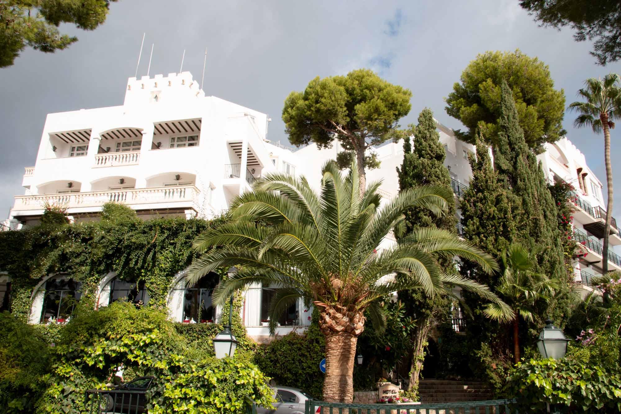 Das Hotel Bonsol erinnert äußerlich an eine Burg / Foto: Ingo Paszkowsky