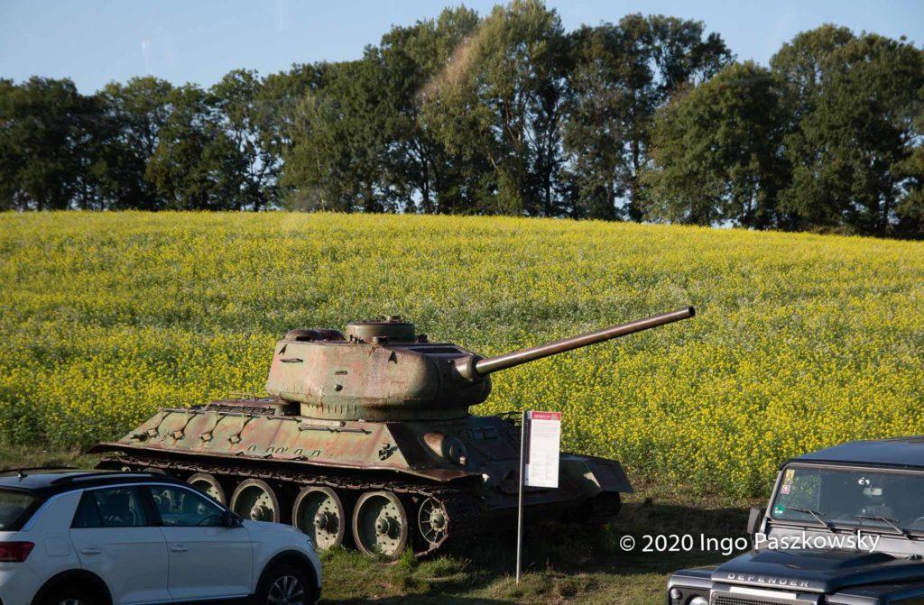 """Mauermuseum """"Little Berlin"""". Dauerparkplatz für einen Panzer / Foto: Ingo Paszkowsky"""