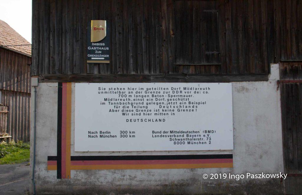 Deutsch-Deutsches Museum Mödlareuth. Alte Zeugnisse der Teilung / Foto: Ingo Paszkowsky