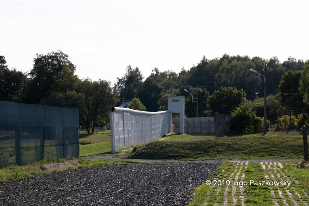 Originalmauer im Deutsch-Deutschen Museum Mödlareuth / Foto: Ingo Paszkowsky