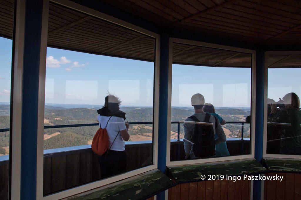 Die Thüringen Warte mit einer Höhe von 26,5 Metern steht auf dem 678 Meter hohen Ratzenberg in der Nähe von Lauenstein / Foto: Ingo Paszkowsky