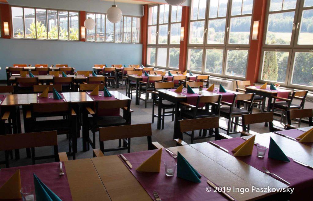 """In dem """"Blauen Saal"""" befindet sich das Restaurant / Foto: Ingo Paszkowsky"""